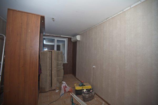 Натяжной потолок в квартире после косметического ремонта