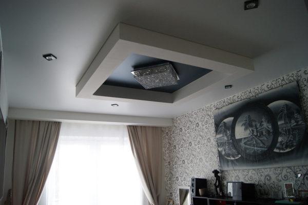 Многоуровневый натяжной потолок в квартире